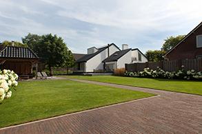 Grote Moderne Tuin : Grote tuinen van heart for gardens u2013 ontwerp aanleg en onderhoud