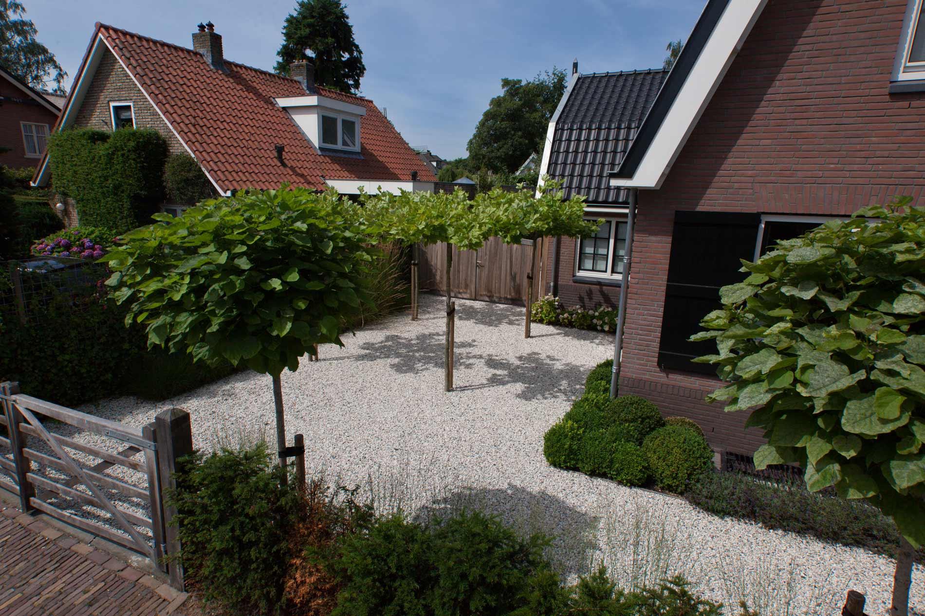 Genoeg Onderhoudsvrije tuin – ontwerp, aanleg, voorbeelden & foto's &VZ82